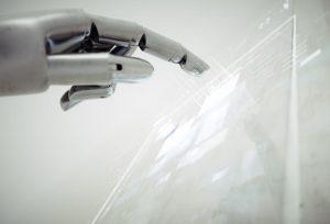 近未来の介護、在宅医療でもロボットが大活躍!